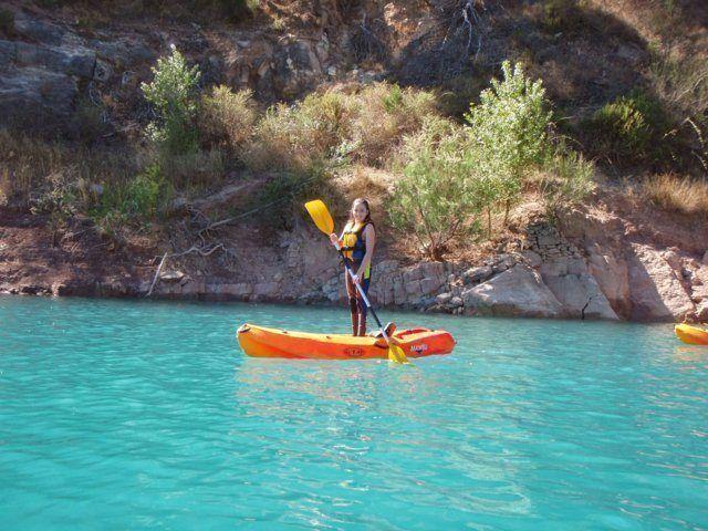 Kayak in the dam 13 with Somos Aventura in Castellón
