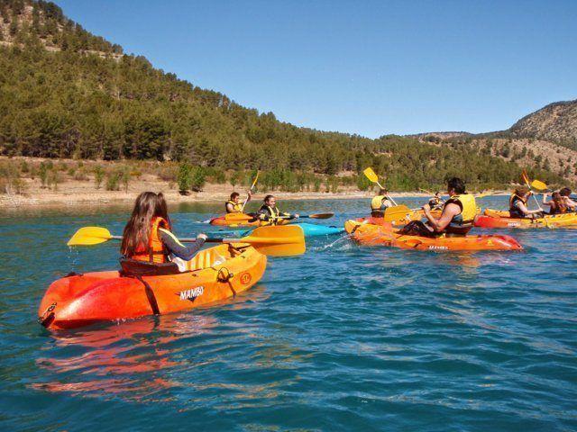 Kayak in the dam 10 with Somos Aventura in Castellón