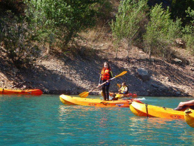 Kayak in the dam 8 with Somos Aventura in Castellón