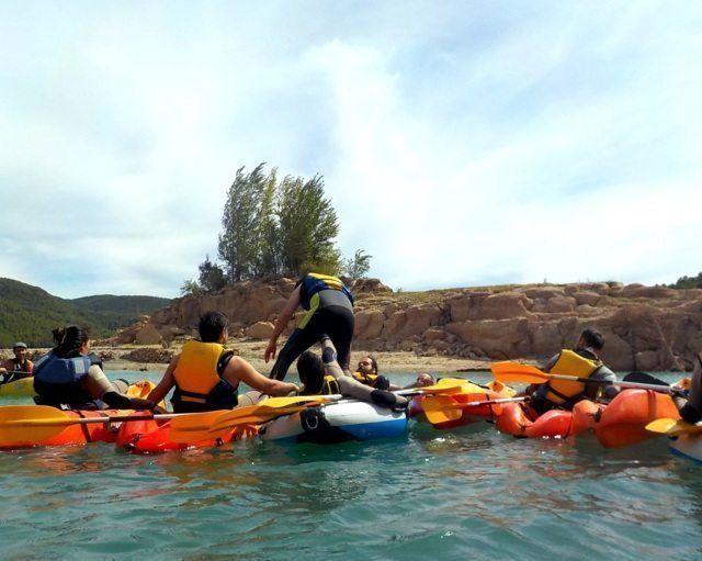 Kayak in the dam 14 with Somos Aventura in Castellón